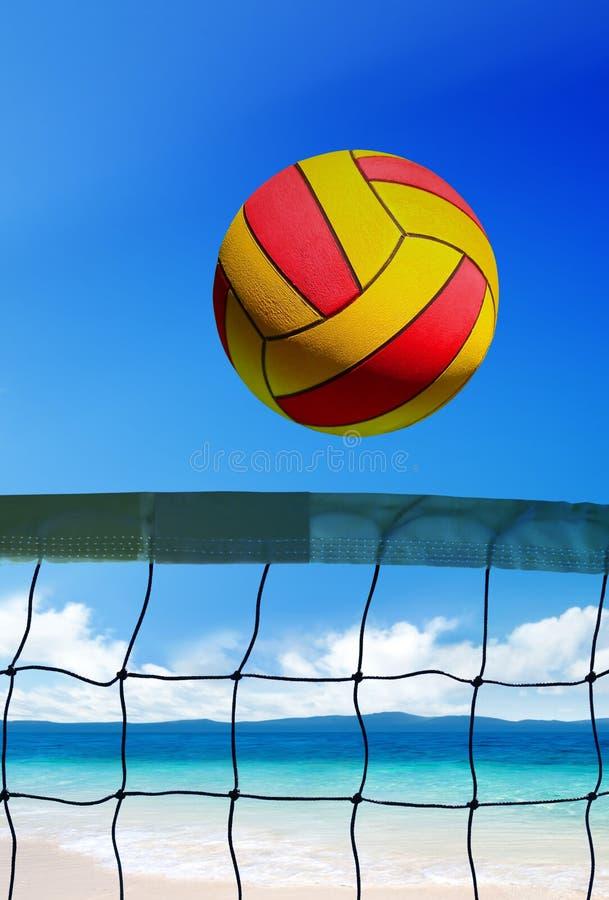 在海滩的排球 免版税库存照片