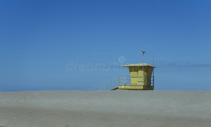 在海滩的救生员岗位 图库摄影