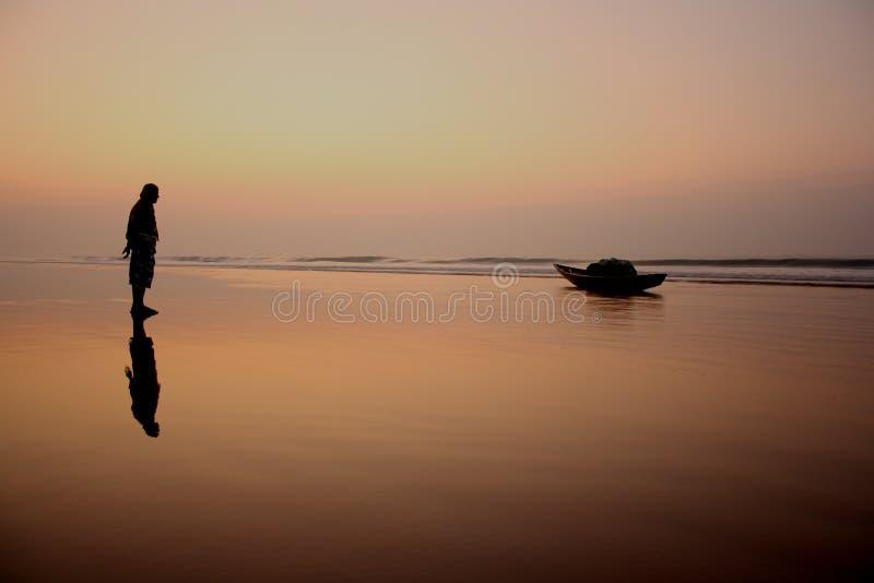 在海滩的美好的早晨 免版税库存图片