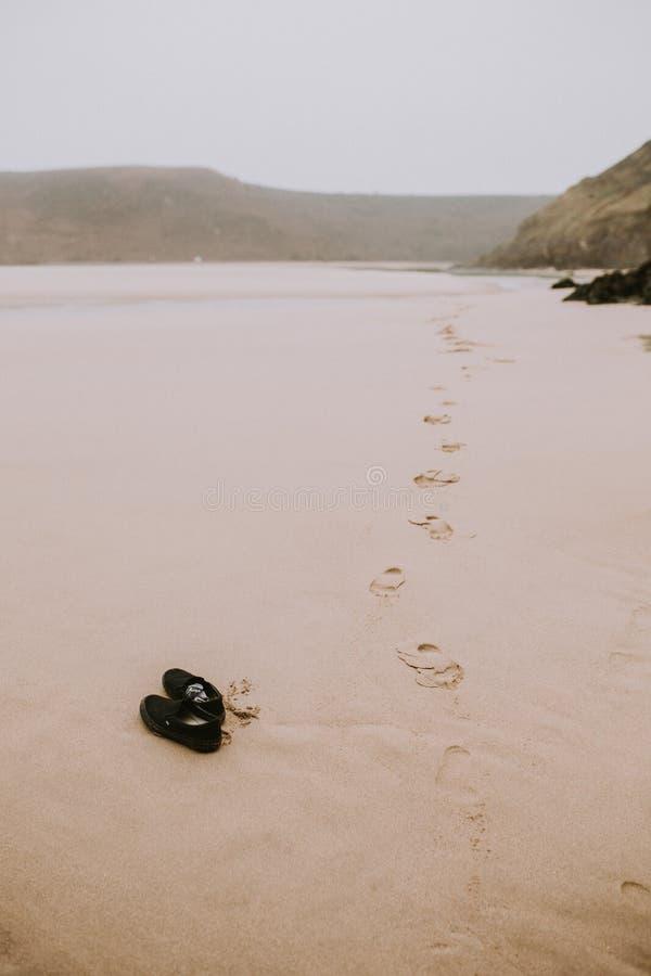 在海滩的脚印