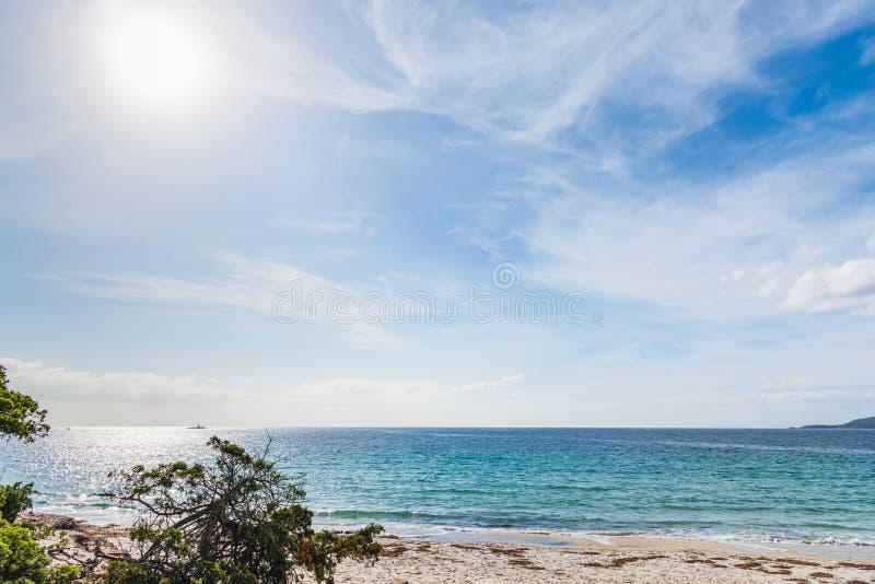 在海的多云天空在阿尔盖罗 免版税库存图片