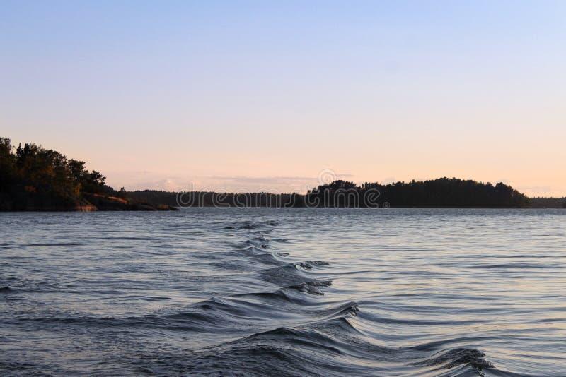在海的波浪 免版税库存照片