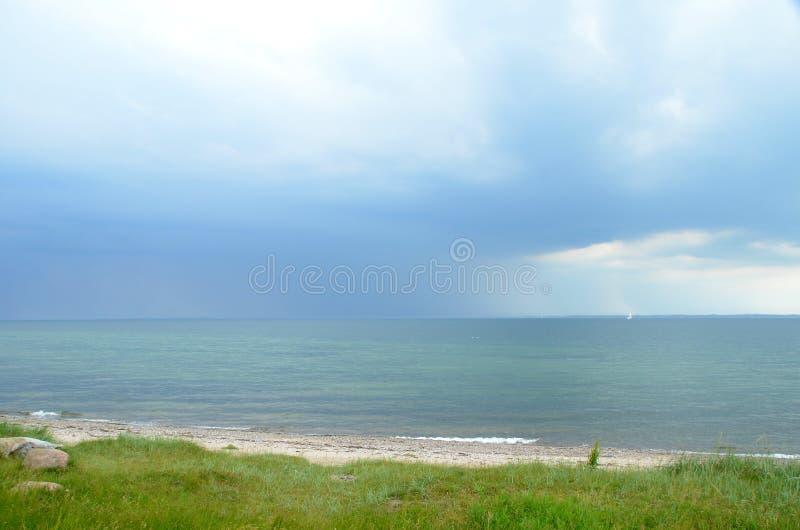 在海的照亮的风暴系统 库存图片