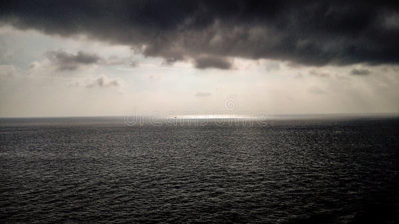 在海的风暴 免版税库存照片
