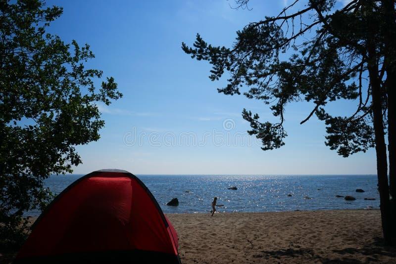 在海运的帐篷 免版税库存照片