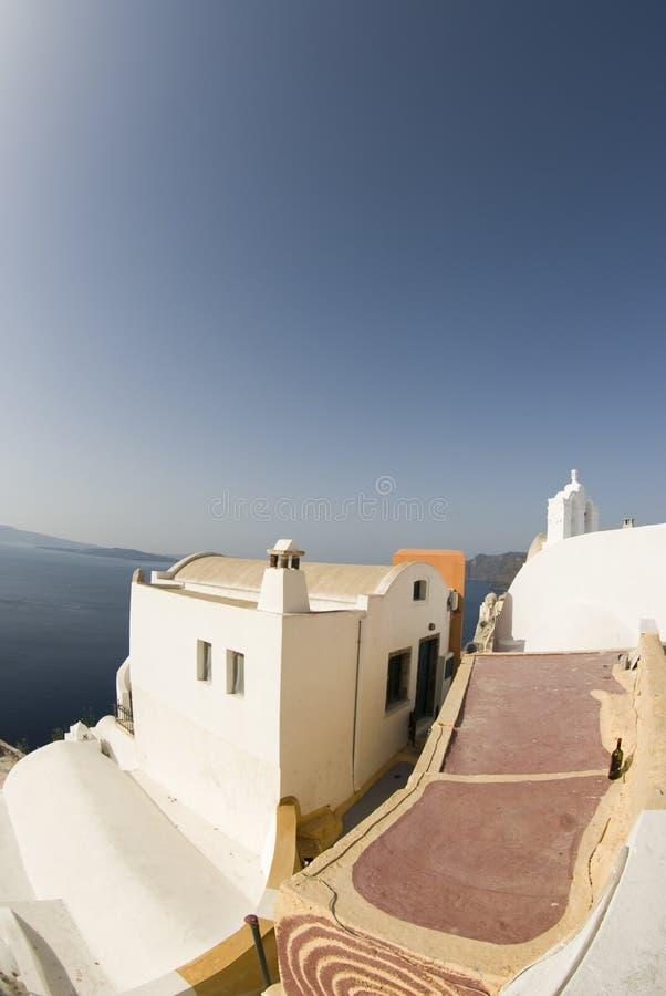 在海运视图的希腊海岛 免版税库存图片