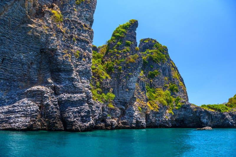 海�:#k�.&_在海, ko yung海岛,发埃发埃,安达曼海, k晃动峭壁.