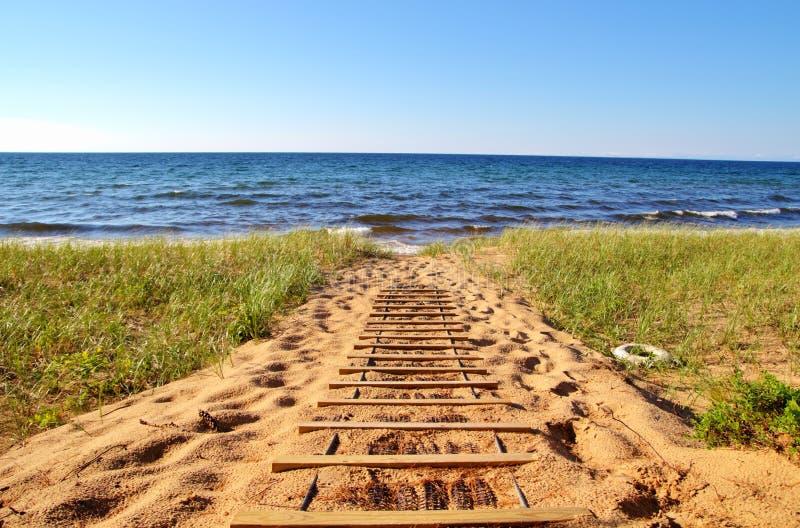 在海滩的一天 免版税库存照片