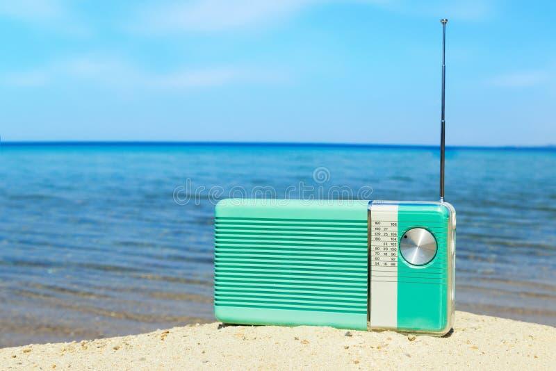 在海滩的党时间 库存照片