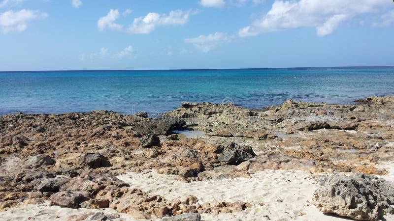 在海滩的好天儿 免版税库存图片