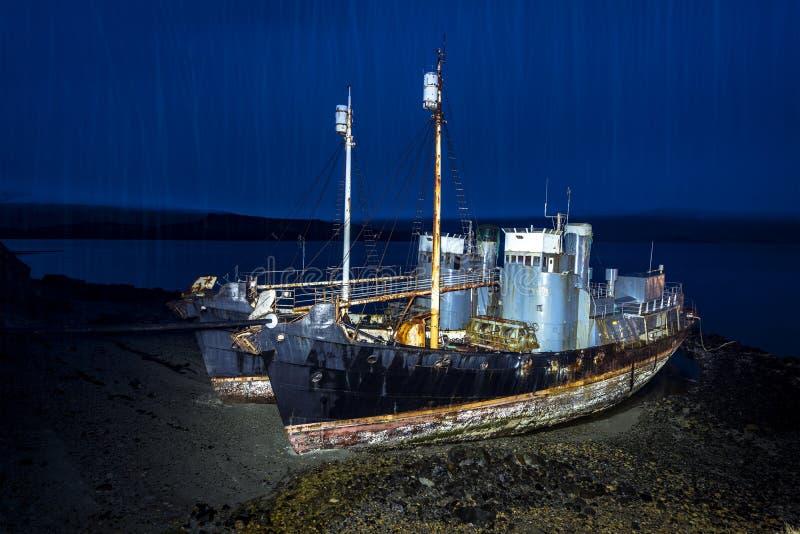 在海滩的捕鲸船 免版税库存图片