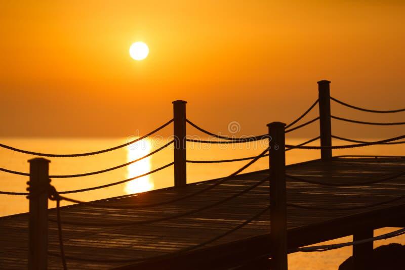 在海滩的清早 图库摄影