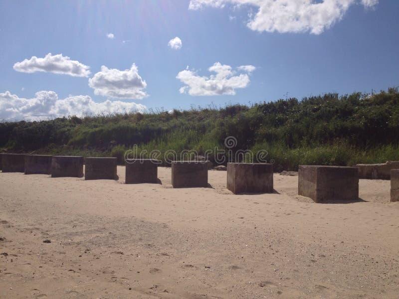 在海滩的立方体 免版税图库摄影