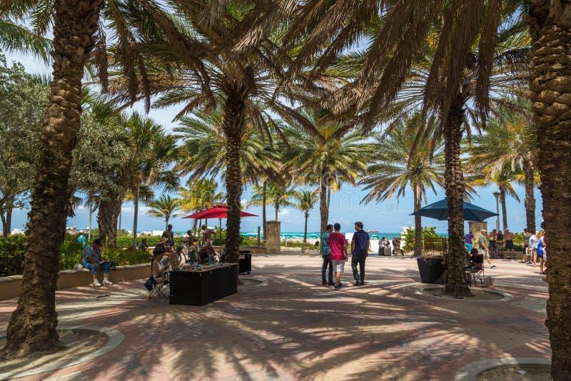 在海滩的美好的蓝天天迈阿密在佛罗里达 图库摄影