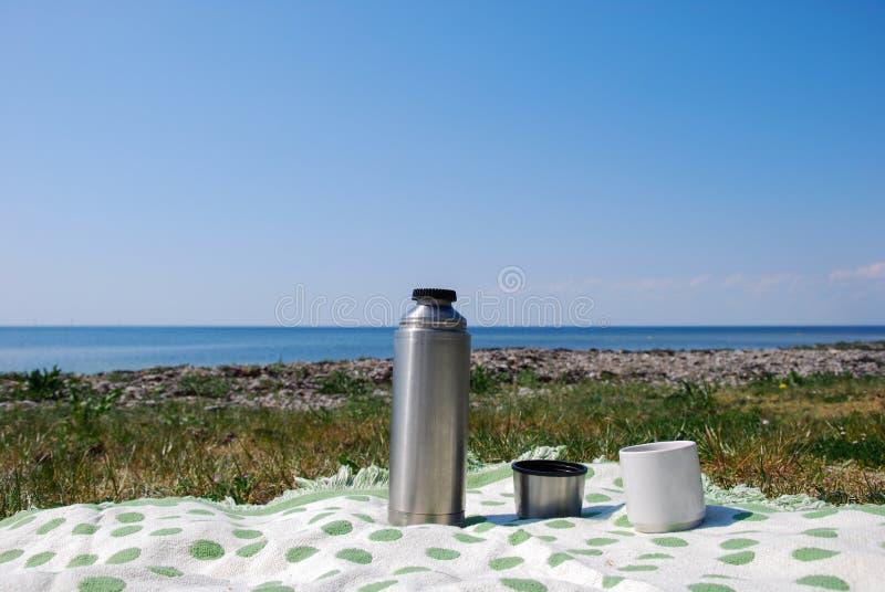 在海滩的Coffe断裂 库存照片