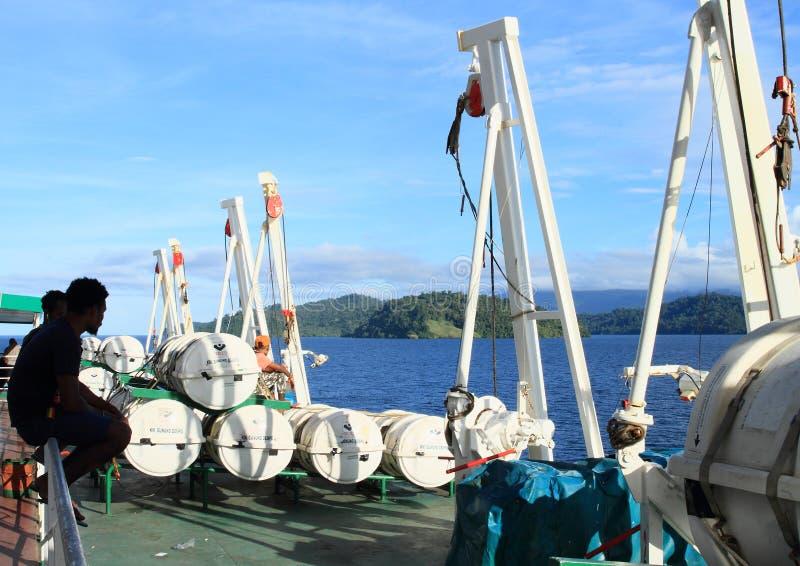 在海洋船的抢救帐篷 免版税库存照片