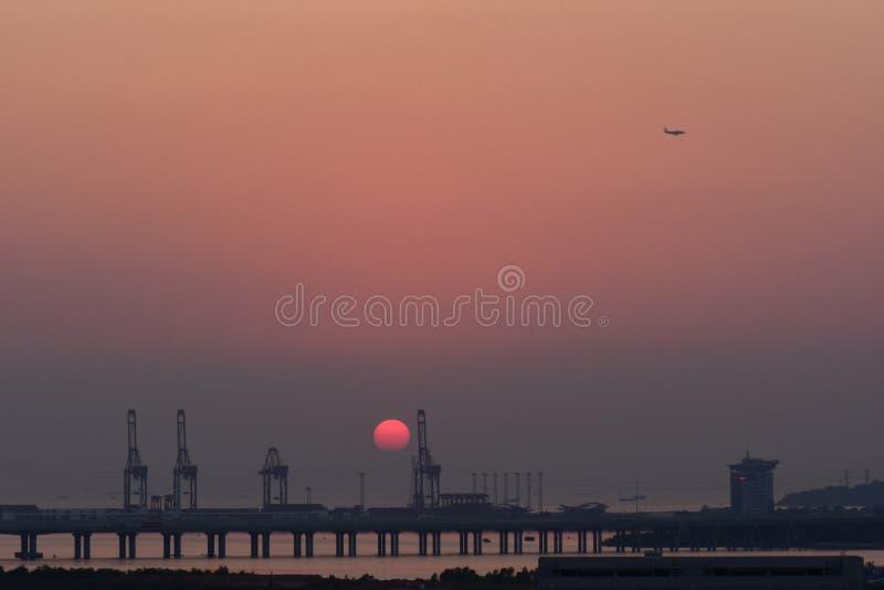 在深圳湾的日落从AL 库存图片