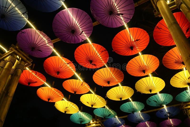 在清迈花节日的伞装饰,泰国 免版税库存图片