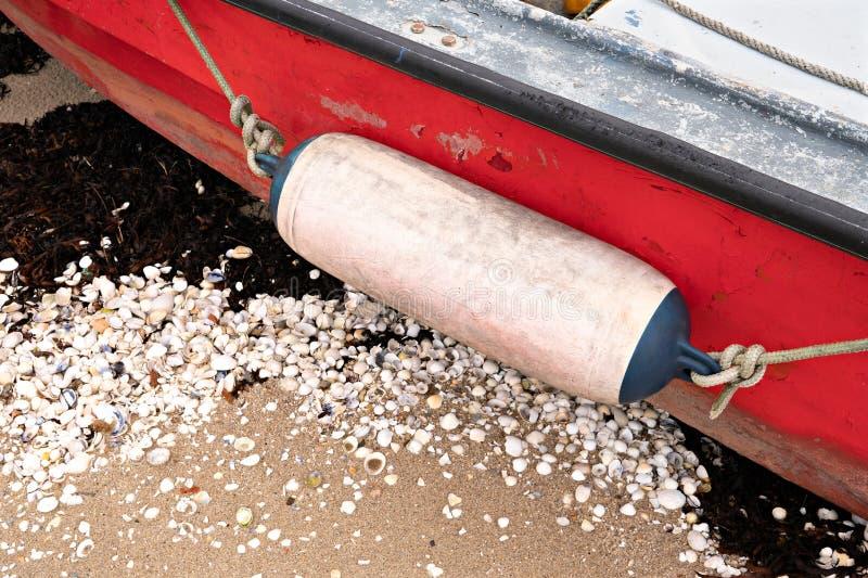 在渔船的年迈的防御者 免版税库存图片