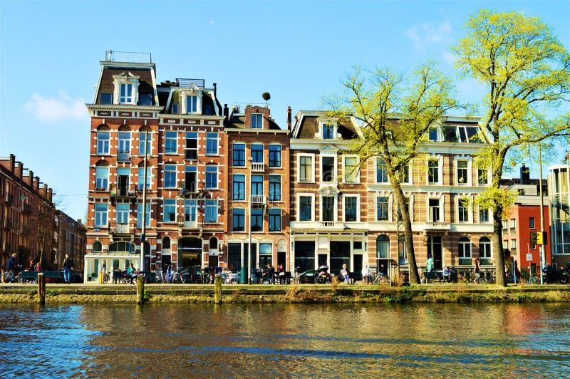 在渠道上在阿姆斯特丹 免版税库存照片