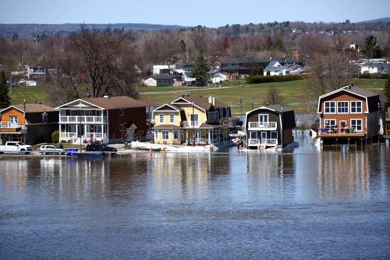 在渥太华河的严重洪水 免版税库存照片