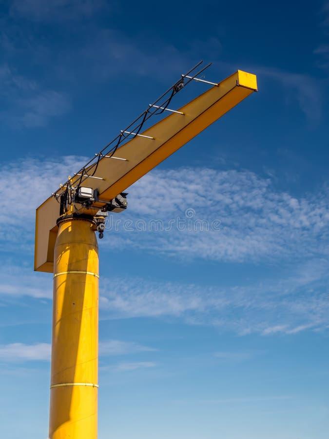 在港口的起重机 图库摄影