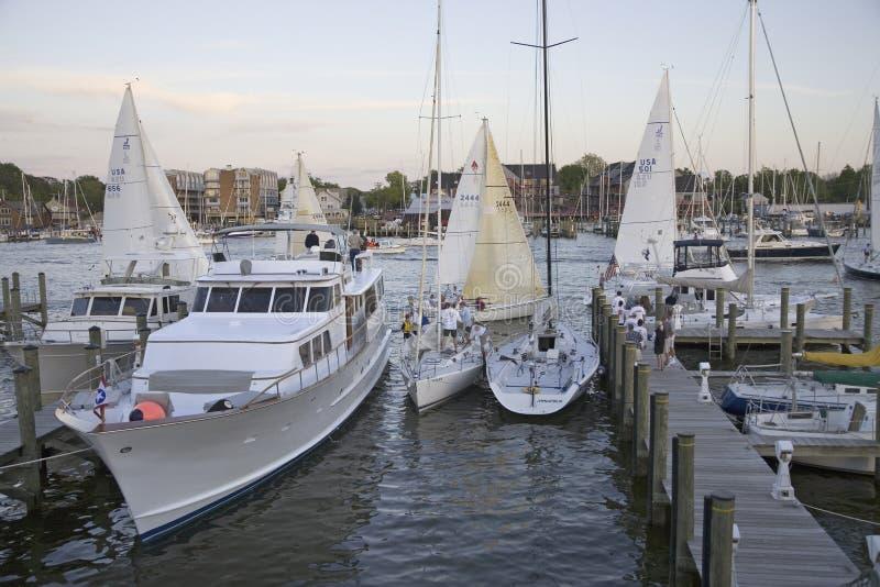 在游艇俱乐部的风船种族在安纳波利斯 免版税库存图片