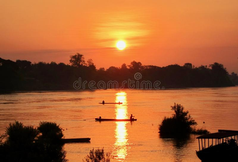 在湄公河的日出4000个海岛,老挝 免版税库存图片