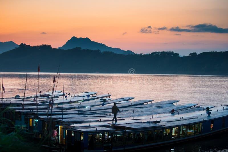 在湄公河的日落 免版税库存照片