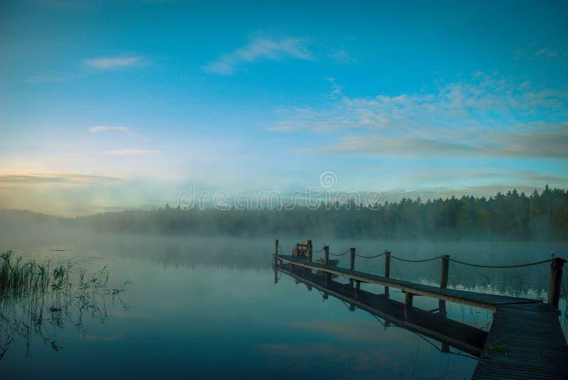 在湖的日出在芬兰在夏天` s末端 库存图片