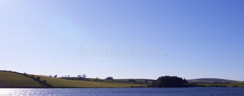 在湖的春天 库存照片