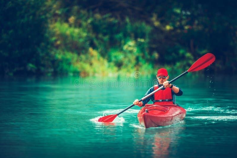 在湖的皮船游览 免版税库存照片