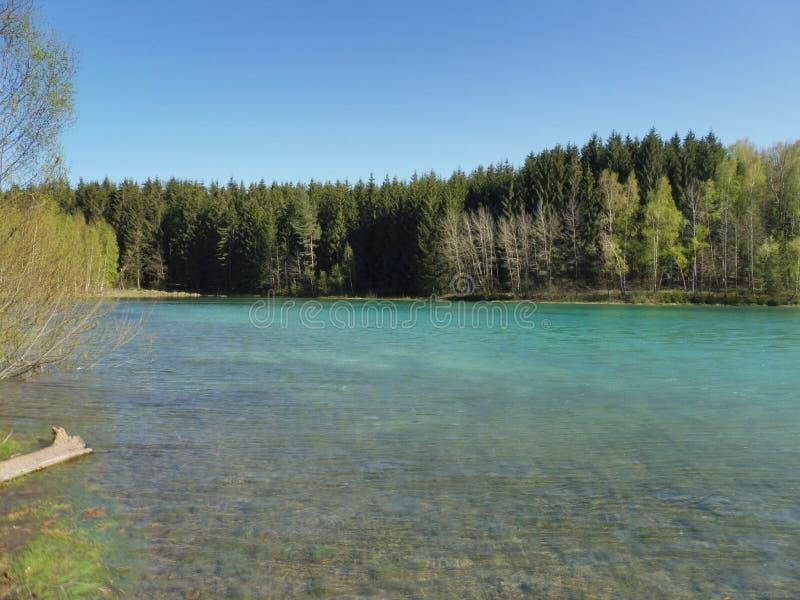 在湖的看法 免版税库存图片