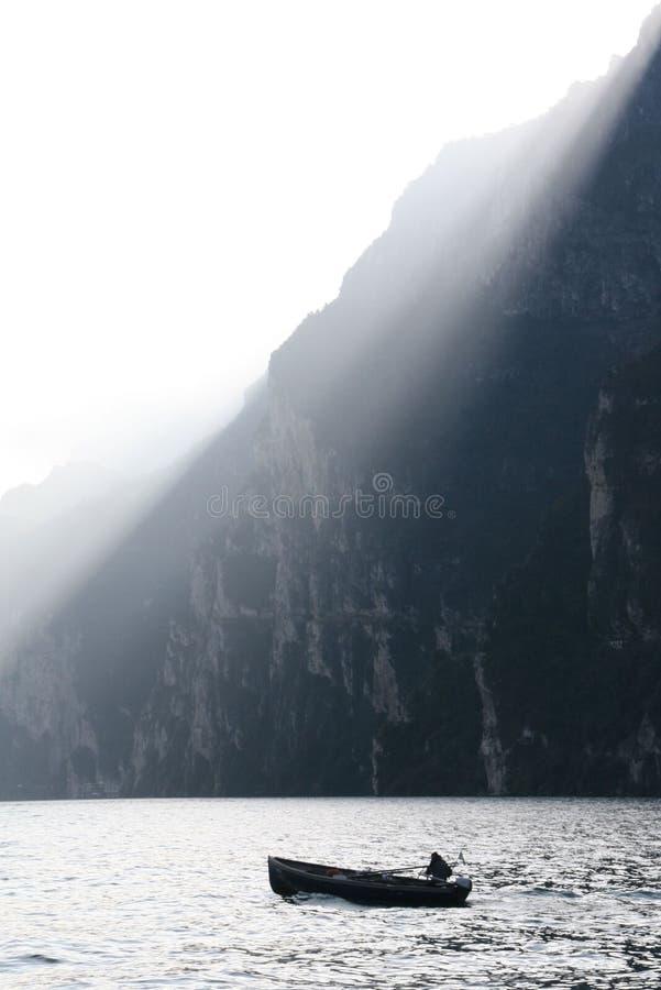 在湖的镇静早晨 免版税库存照片