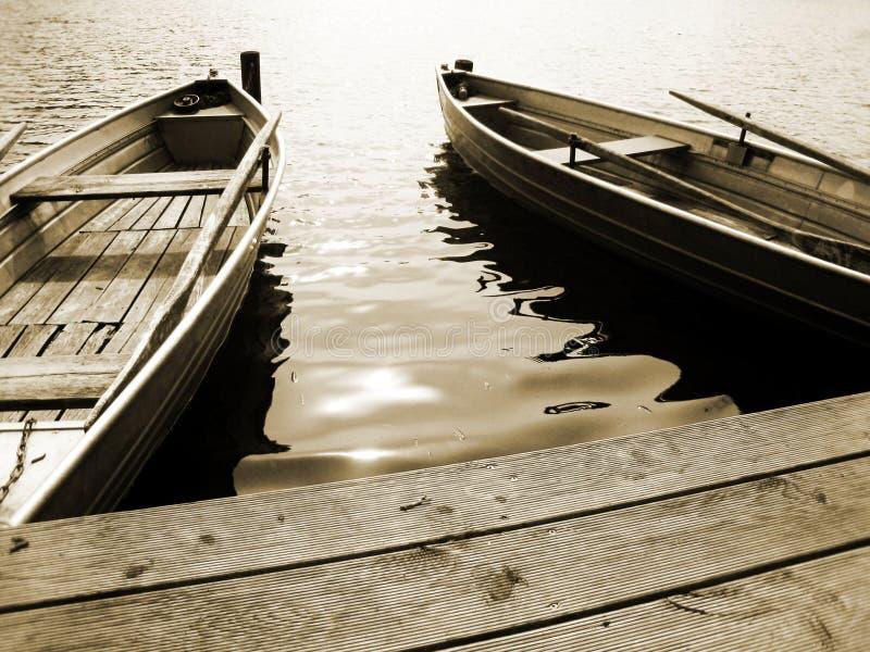 在湖(14)的小船 免版税库存图片
