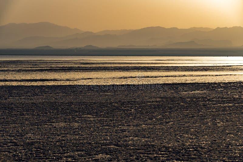 在湖Assale,埃塞俄比亚的日落 图库摄影