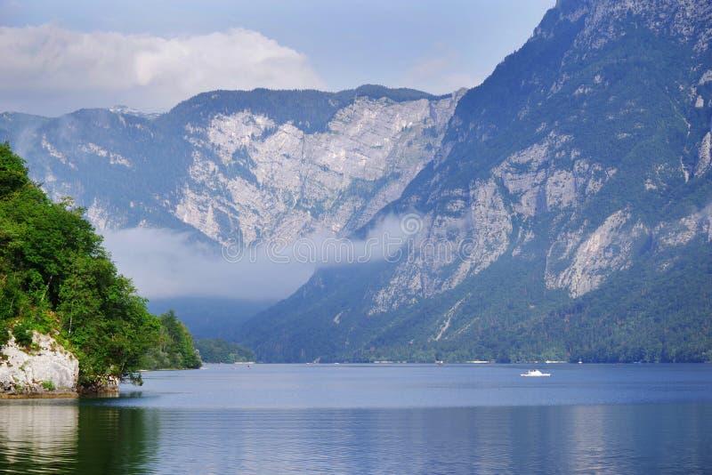 在湖Bohinj,斯洛文尼亚的早晨 库存照片