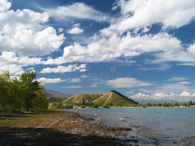 在湖Dunstan上的Sugarloaf 库存图片