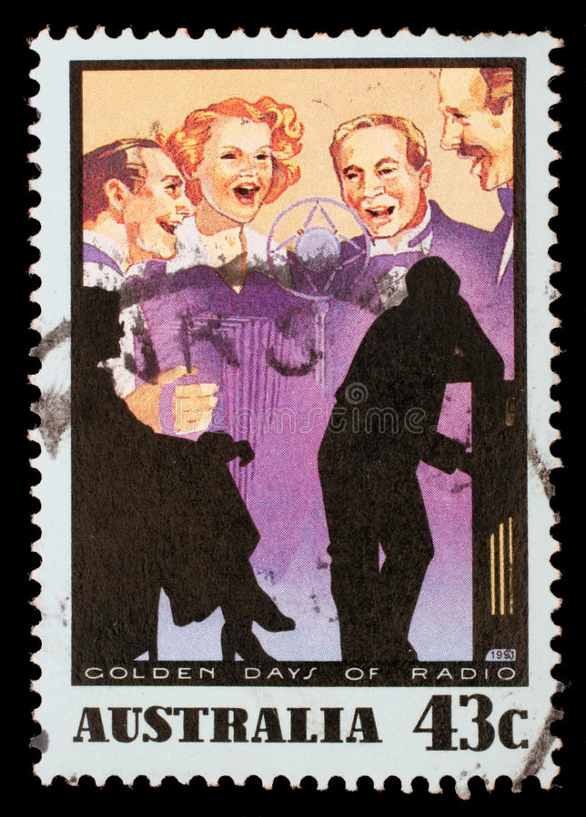 在澳大利亚打印的邮票显示音乐展示,黄金时节收音机 免版税图库摄影