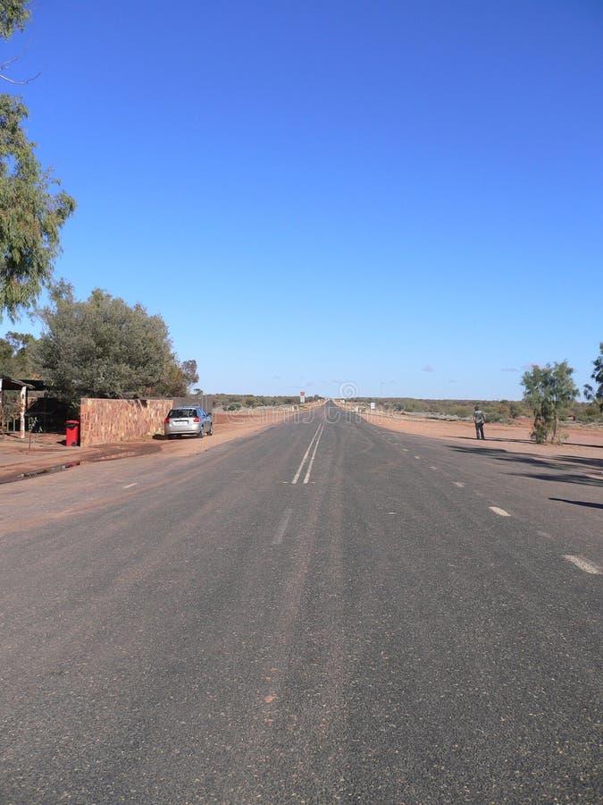在澳大利亚灌木的旅行 免版税库存照片