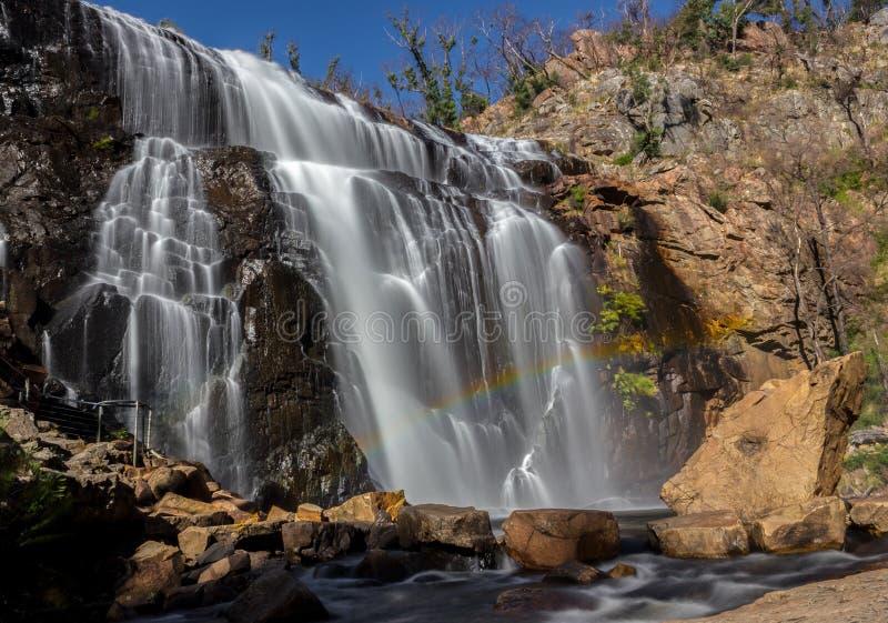 在瀑布,麦肯齐前面的彩虹落,Grampians,澳大利亚 免版税库存照片