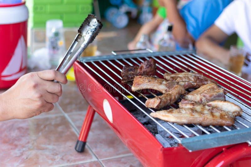 在火炉的烤肉 免版税库存照片