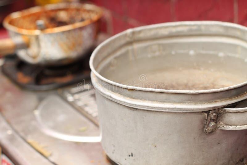 在火炉的烹调用水,版本4 图库摄影