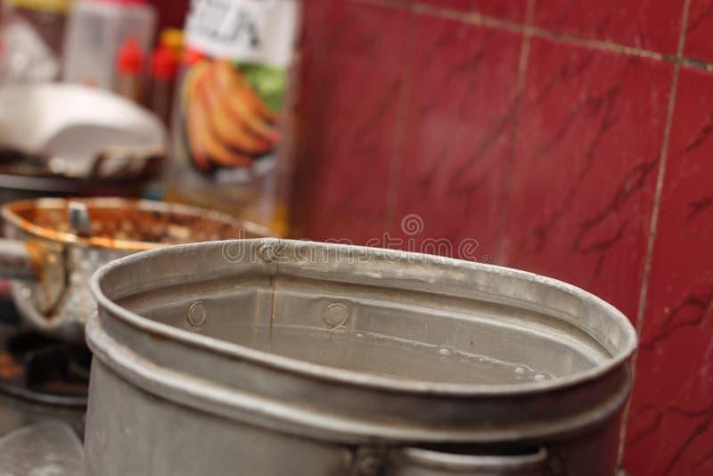在火炉的烹调用水,版本5 免版税库存照片