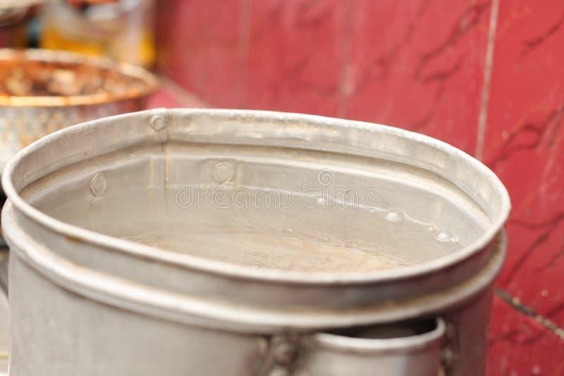 在火炉的烹调用水,版本7 免版税库存照片