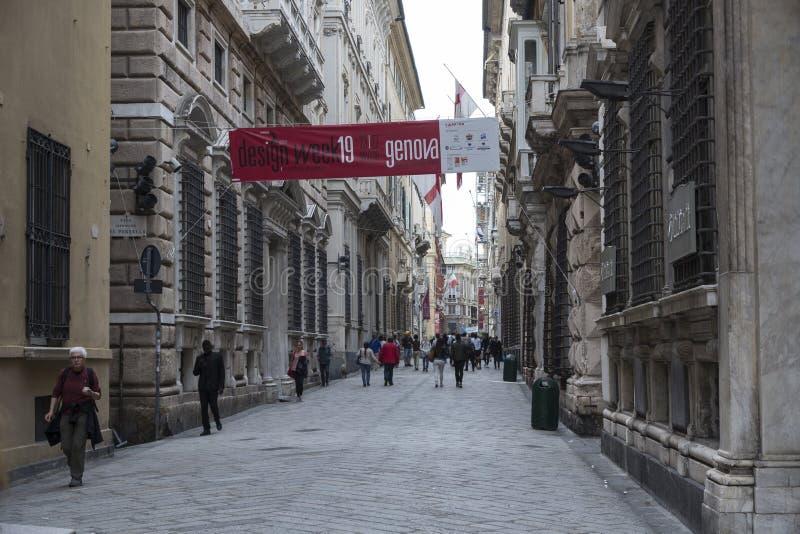 在热那亚的老部分的步行街道 免版税库存照片
