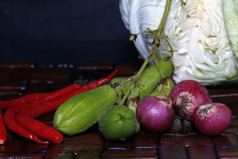 在烹调前加香料特点印度尼西亚 免版税库存图片