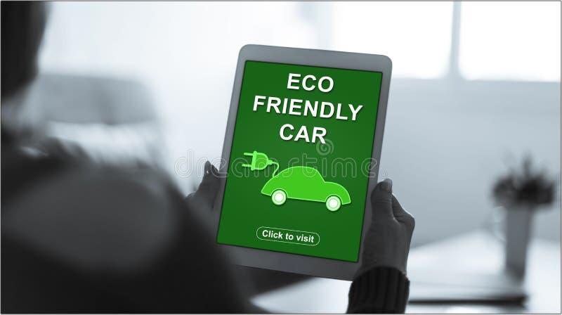 在片剂的Eco友好的汽车概念 库存照片