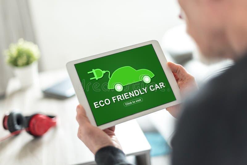 在片剂的Eco友好的汽车概念 图库摄影