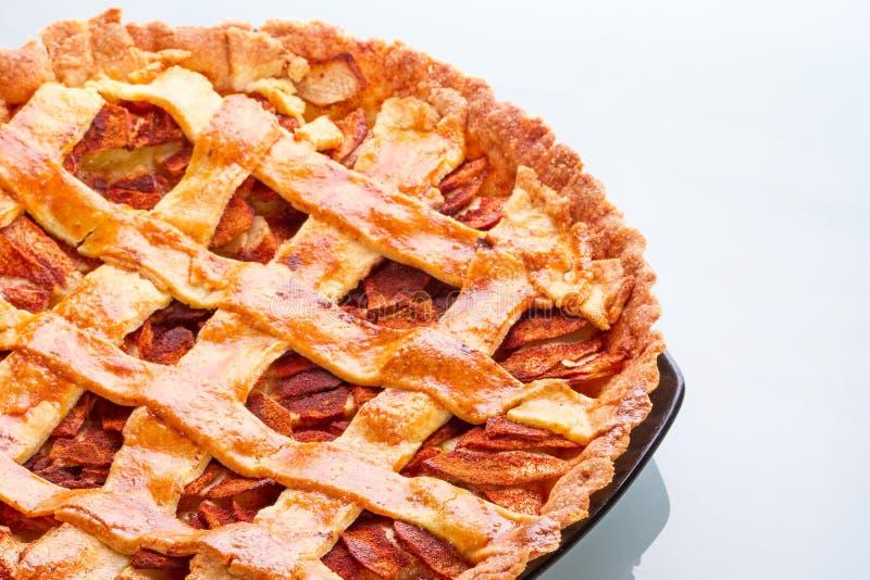 在牌照的Apple和桂香馅饼 免版税库存图片